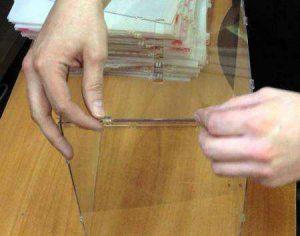 Как склеить оргстекло своими руками