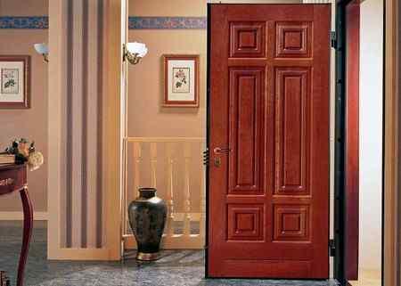 Надежные входные двери - какие лучше выбрать?