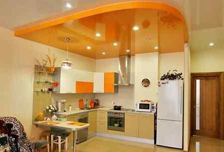 Потолок для кухни - материалы изготовления и их особенности