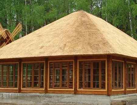 Недостатки крыши из соломы