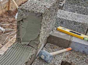 Строительство из арболита: преимущества и недостатки