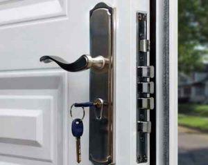 Как выбрать входные двери в частный дом