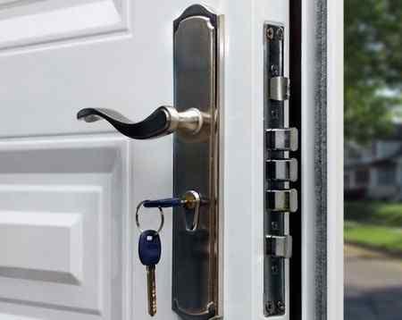 Как выбрать входные двери в частный дом?