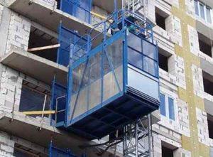 Виды строительных подъемников: грузовые и грузопассажирские подъемники