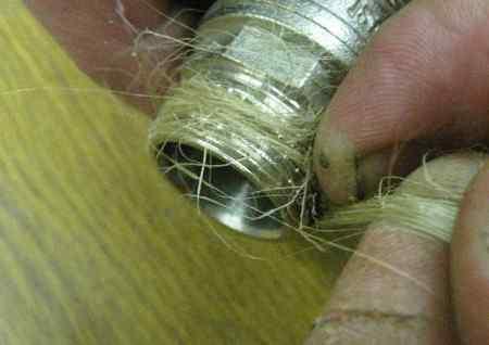 Как правильно наматывать лен на резьбу и чем смазывать паклю?