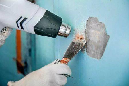 Чем снять старую краску на стенах