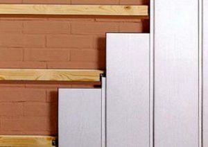 Монтаж стеновых панелей ПВХ в ванной комнате