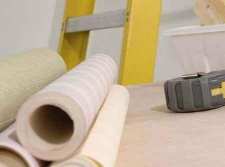 Как подготовить стены под поклейку обоев