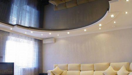 Плюсы натяжных потолков в ванной или квартире
